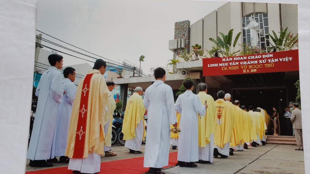 Thánh Lễ Nhậm chức Tân Chánh Xứ