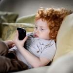 PHONES VÀ TRẺ EM DƯỚI CÁI NHÌN GIÁO DỤC