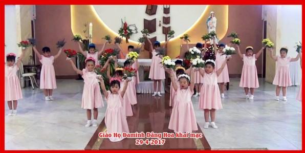 Giáo Họ Đaminh dâng Hoa khai mạc