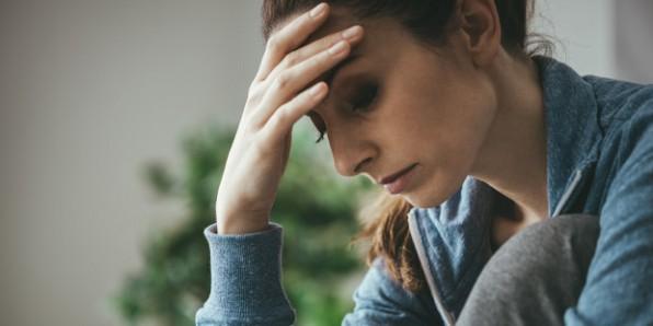 Chồng tôi lầu bầu càu nhàu, tôi phải làm gì?