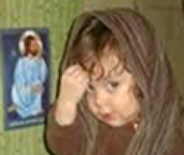 ĐTC nói: Thật buồn khi thấy trẻ em không biết làm Dấu Thánh Giá