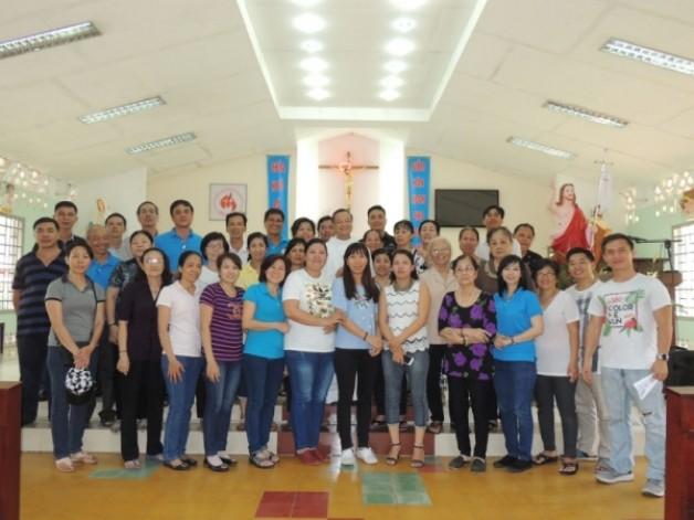 Giáo xứ Tân Việt: Thăm Trại phong Bến sắn