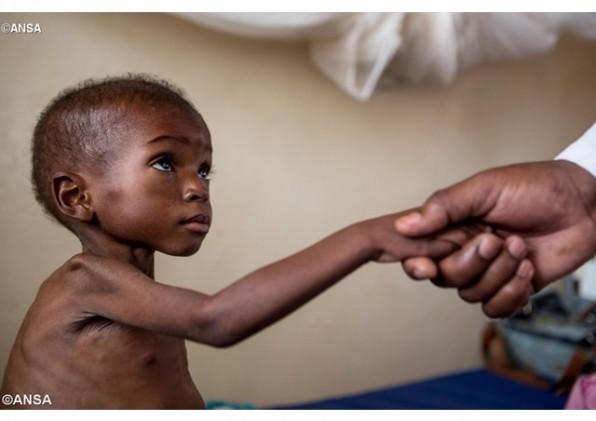 Các nữ tu Dòng Thánh Giuse ở Congo dấn thân đón tiếp các trẻ em mồ côi