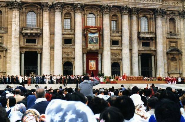 Bài Giảng Của Đức Giáo Hoàng Gioan-Phaolô II Trong Đại Lễ Tôn Vinh Hiển Thánh 117 Chân Phước Tử Đạo Việt Nam Tại Rôma, Ngày 19-06-1988