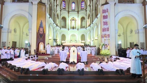 Video Thánh lễ Truyền chức Linh mục tại TGP Sài Gòn (2018)