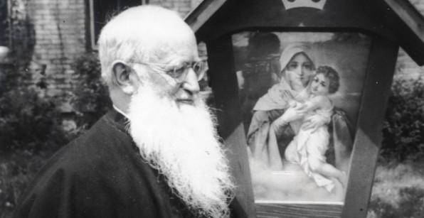 Tôi Tớ Chúa Giuse Kentenich, Người bạn của Kinh Mân Côi (1885-1968)