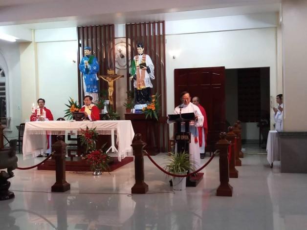 TTHH ĐÌNH KHAO : THÁNH LỄ THỨ NĂM TUẦN XXIII TN