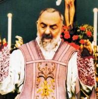 23 Tháng Chín Thánh Padre Piô (1887-1968)