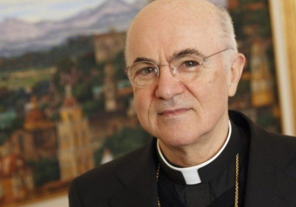 Người tố cáo Giáo hoàng bị kết án trả lại tiền cho anh mình