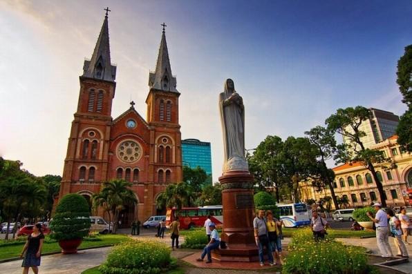 Ngày 09.12.2015: Kỷ niệm cung hiến Vương cung thánh đường Đức Bà Sài Gòn