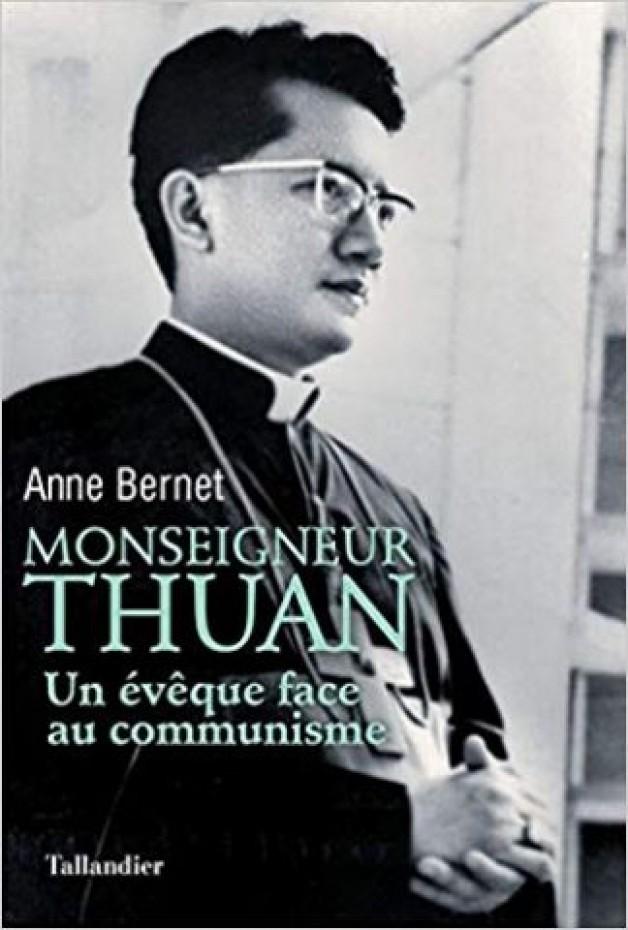 Hai quyển sách nói lên tầm cao cả của Hồng y Phanxicô Xaviê Nguyễn Văn Thuận