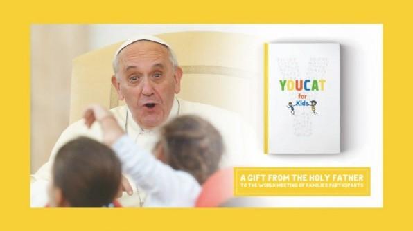 """ĐTC Phanxicô giới thiệu sách """"YOUCAT for Kids. Giáo lý Công giáo cho Trẻ em và cha mẹ"""""""