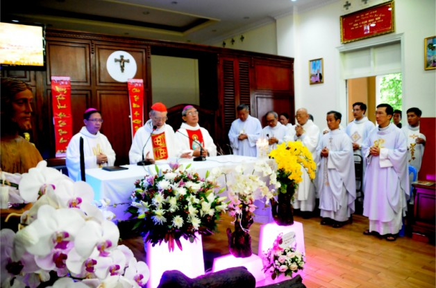 Thánh lễ mừng bổn mạng Đức Hồng y Gioan Baotixita Phạm Minh Mẫn