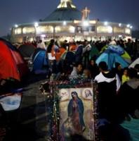 Trao đổi vũ khí lấy tiền tại nhà thờ Guadalupe ở Mexicô
