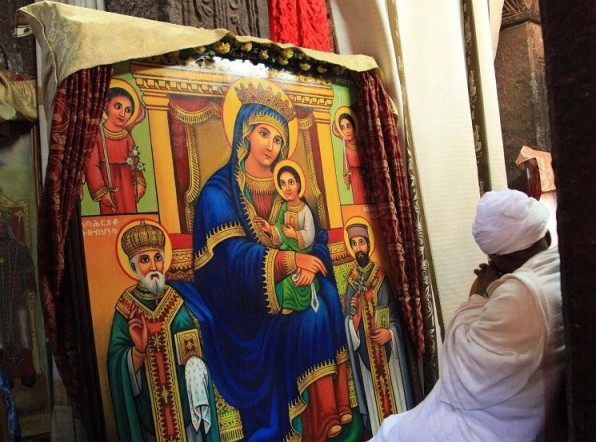 Đức Mẹ Maria mở dần các cánh cửa của thế giới hồi giáo…