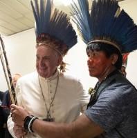 Chuyện dài truyền chức linh mục cho những người có gia đình