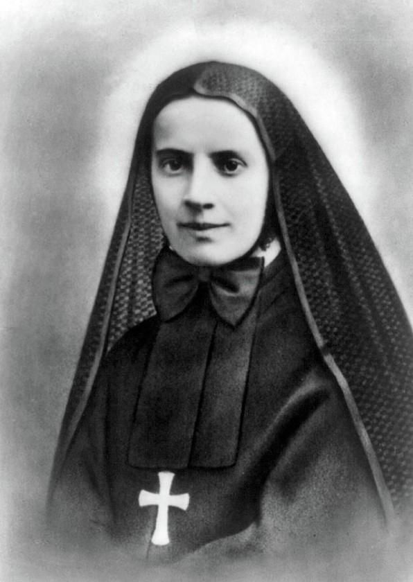 13 Tháng Mười Một Thánh Frances Xavier Cabrini (1850-1917)