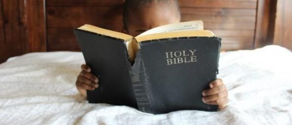 """Nước Thụy Sĩ, """"mặt bằng"""" dịch Thánh Kinh"""