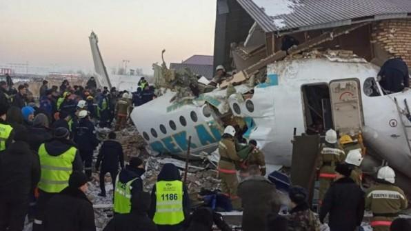 Đức Thánh Cha Phanxicô chia buồn về tai nạn máy bay ở Almaty