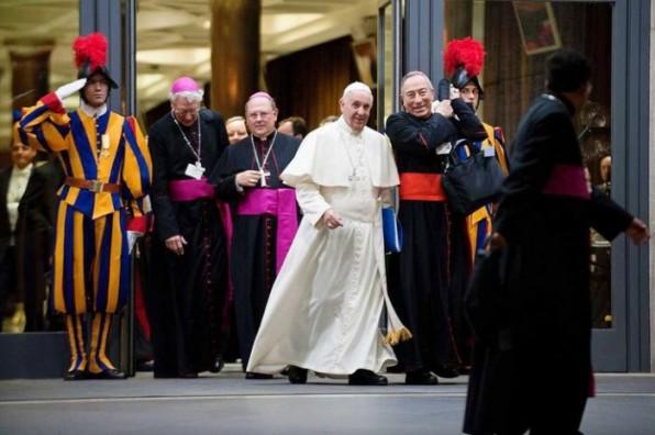 Ở Châu Mỹ La Tinh, các giám mục trở lại địa bàn chính trị