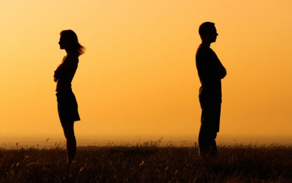 Những hình thái cách ly dễ gây tổn thương tình nghĩa vợ chồng