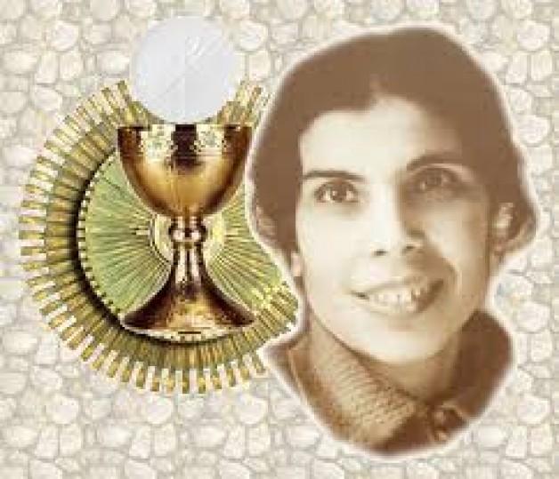 13 NĂM SỐNG DO MÌNH THÁNH (Chân phước Alexandrina Maria da Costa 1904-1955)