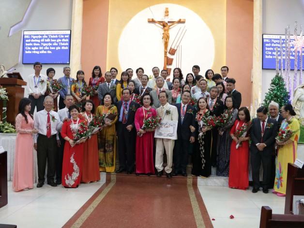 Giáo xứ Tân Việt: Thánh lễ kỷ niệm hôn phối