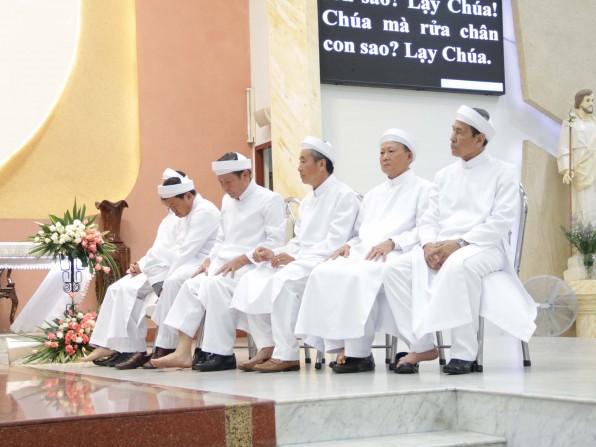 Giáo xứ Tân Việt: Thánh Lễ Tiệc Ly