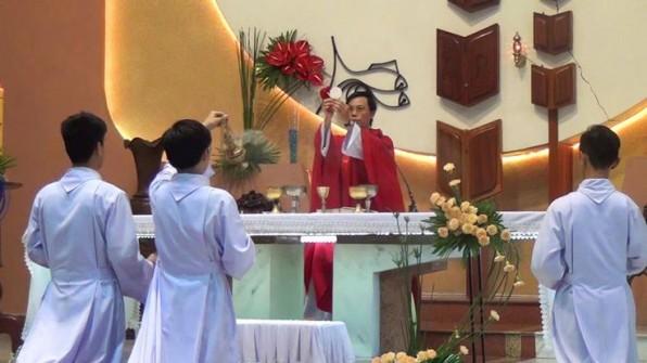 Giáo Xứ Tân Việt Lễ Chúa Thánh Thần hiện xuống-Bổn mạng ca đoàn Halleluia.