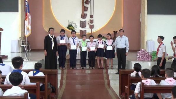 Giáo xứ Tân Việt Bế giảng Giáo lý 2017 -Phát thưởng và trao học bổng Vũ Đức Triêm