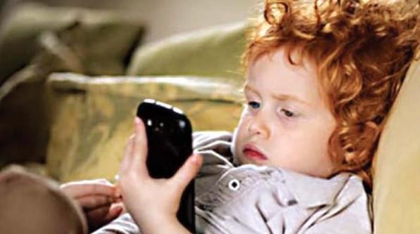 Phones* và trẻ em dưới cái nhìn giáo dục (2)