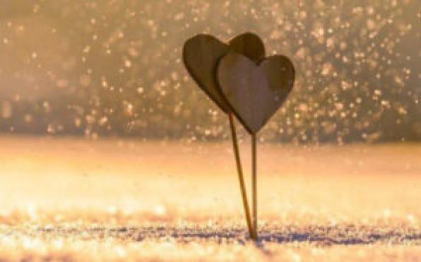 Một tình yêu mãi mãi có còn không?