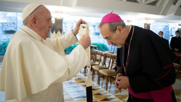 ĐTC trao dây Pallium cho Đức tân Thượng phụ Công giáo Latinh ở Giêrusalem